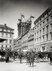 Gamla Brunkebergstorg med telefontornet. 1880-tal. Bild Tekniska Museet